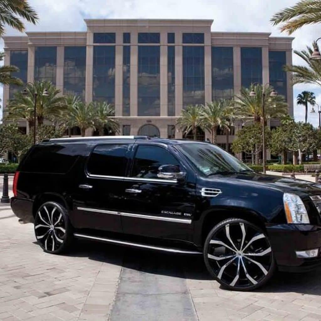 Cadillac Car Rental: Cadillac Escalade ESV Rental Los Angeles
